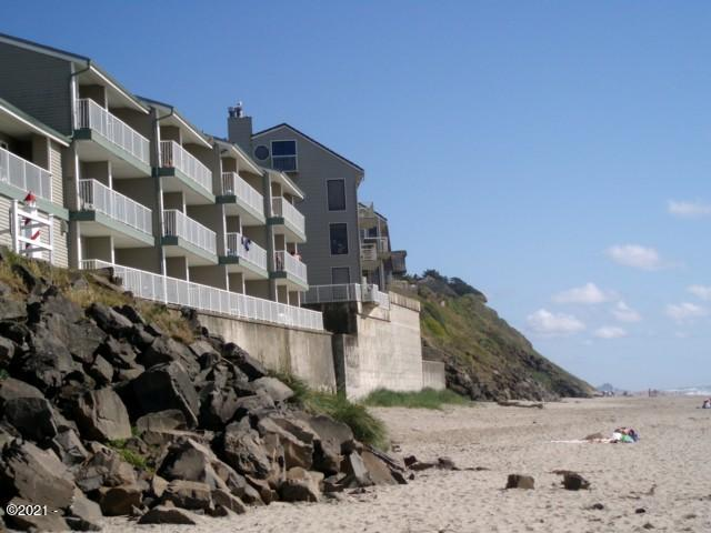 171 SW Hwy 101, #315, Lincoln City, OR 97367 - D Sands Oceanfront Condos