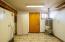 547 SW Smith Ct, Newport, OR 97365 - Storage area