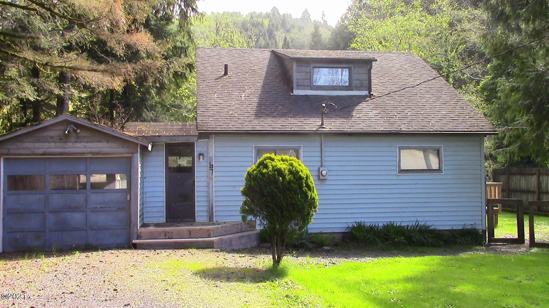 67 N Riverton Ct, Otis, OR 97368 - River Front