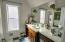 4183 SE Jetty Av, Lincoln City, OR 97367 - Guest Bathroom