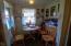1731 NE Hwy 20, Toledo, OR 97391 - dining