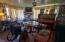 1731 NE Hwy 20, Toledo, OR 97391 - living room