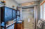 2206 NW Parker Ave, Waldport, OR 97394 - Master bath