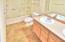 3635 NE 50th St, Lincoln City, OR 97367 - Master Bathroom