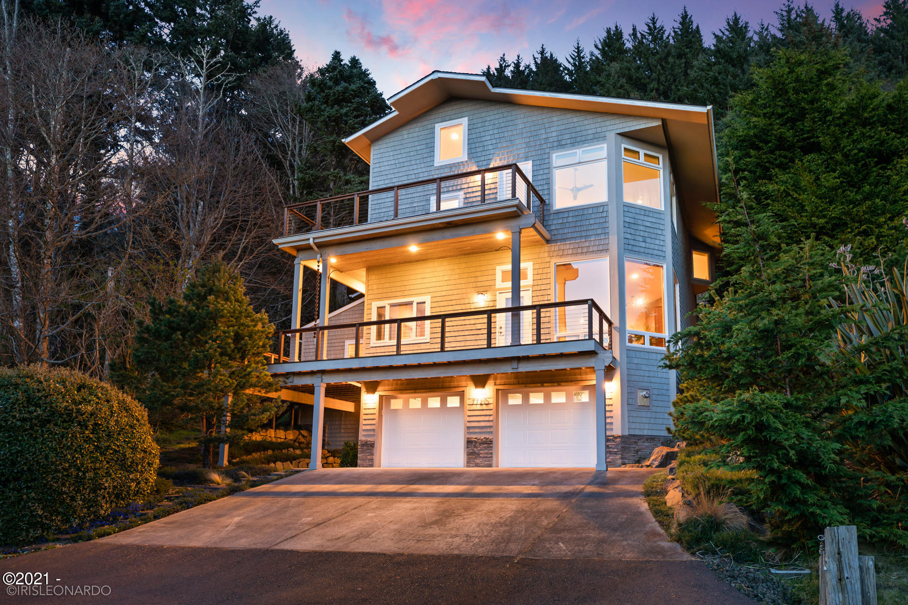 7720 NE Williams Ct, Lincoln City, OR 97367 - West Elevation