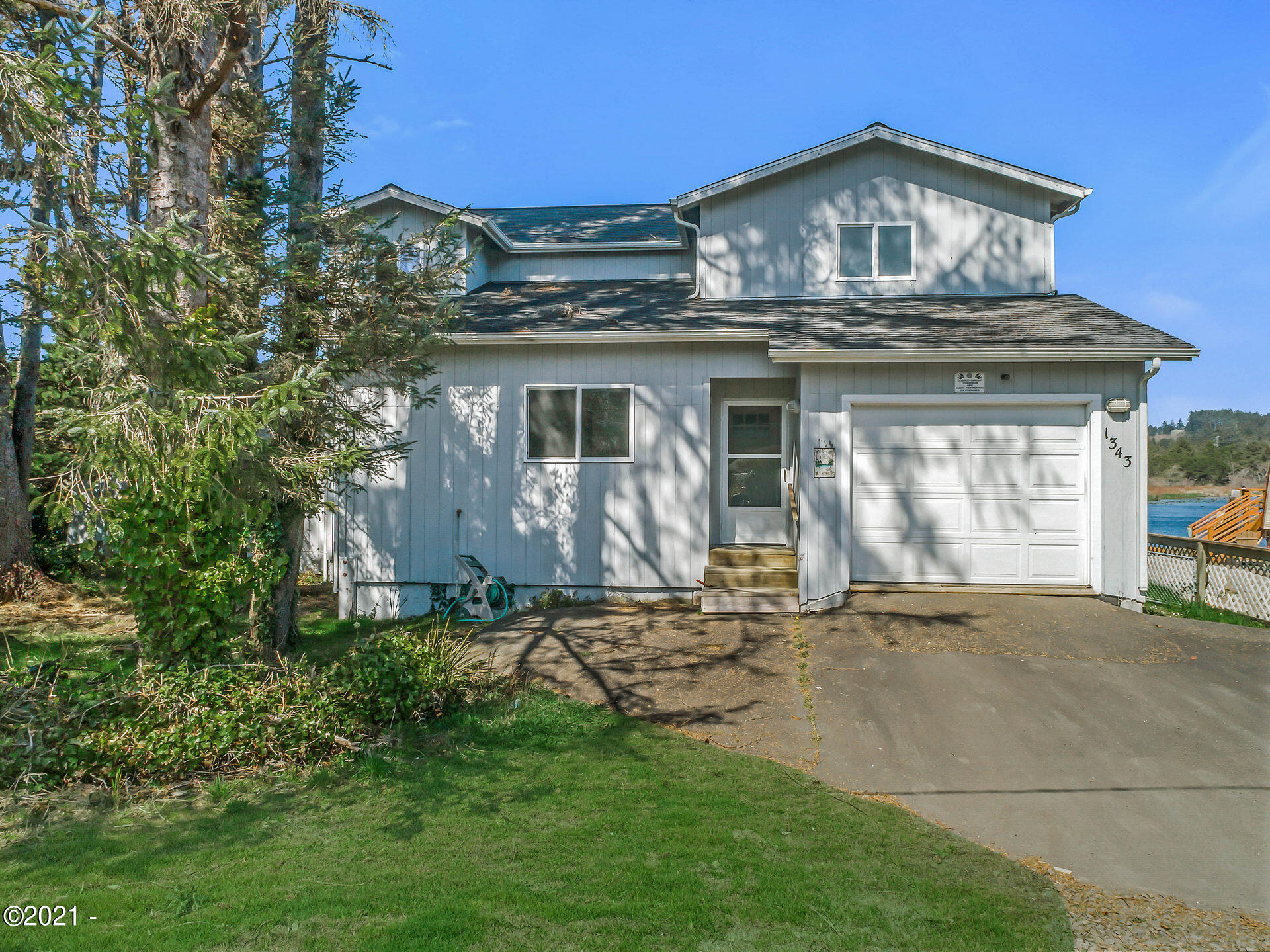 1343 SE 2nd Ct, Lincoln City, OR 97367 - Street View