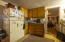 303 NE 10th Ct, Newport, OR 97365 - Kitchen