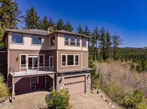 250 NE Spring Ave, Depoe Bay, OR 97341