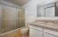 165 Lancer St, Gleneden Beach, OR 97388 - Guest Bathroom
