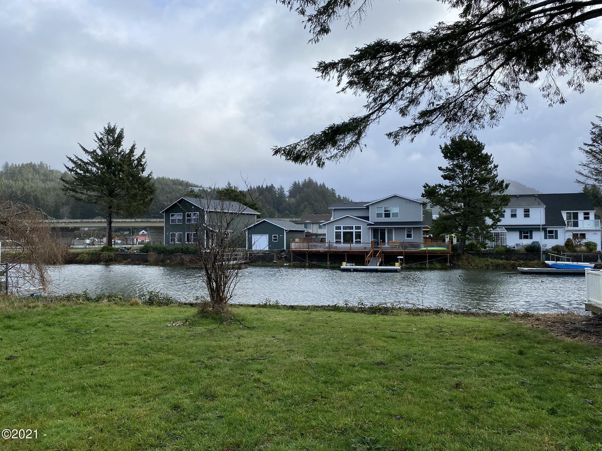 9100 BLK Keys Pl, Lincoln City, OR 97367 - Water view
