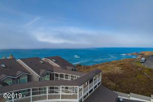 1123 N Hwy 101, 25, Depoe Bay, OR 97341 - Thundering Shores Condo
