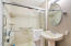 1123 N Hwy 101, 25, Depoe Bay, OR 97341 - Guest Bathroom