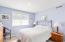 1123 N Hwy 101, 25, Depoe Bay, OR 97341 - Guest Bedroom