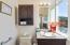 1123 N Hwy 101, 25, Depoe Bay, OR 97341 - Bathroom #3