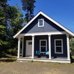 5045 N Highway 101, Depoe Bay, OR 97341