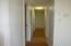 1236 SE Pine St, Toledo, OR 97391 - Hallway