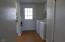 1236 SE Pine St, Toledo, OR 97391 - Utility & north door
