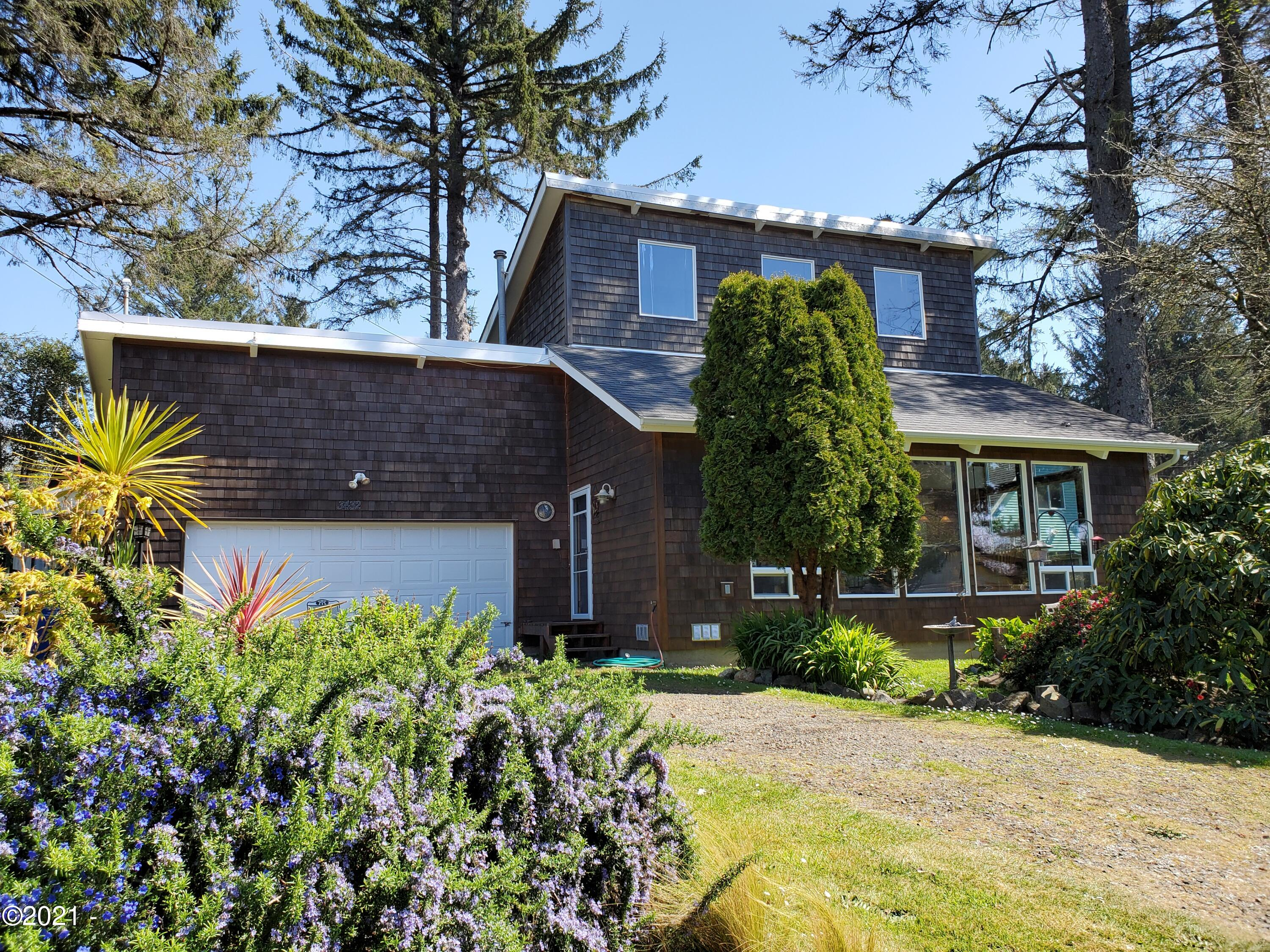 3432 NW Oar Ave, Lincoln City, OR 97367 - Front of House