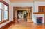 485 N Main St, Toledo, OR 97391 - Living Room