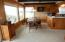 3800 NW Jetty Ave, Lincoln City, OR 97367 - 3800 Dining3