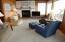3800 NW Jetty Ave, Lincoln City, OR 97367 - 3800 Living room2