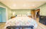 97 N Deer Valley Rd, Otis, OR 97368 - Room for a King Bed