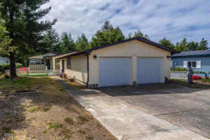 275 Seagrove Loop, Lincoln City, OR 97367 - Street View