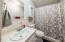 275 Seagrove Loop, Lincoln City, OR 97367 - Guest Bath