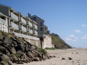 171 SW Hwy 101, #313, Lincoln City, OR 97367 - D Sands Oceanfront Condos