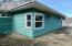 671 SE 9th St, Toledo, OR 97391 - Front Exterior/Sideyard