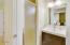 94288 US-101, Yachats, OR 97498 - Bathroom