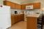 171 SW Hwy 101, #313, Lincoln City, OR 97367 - Kitchen