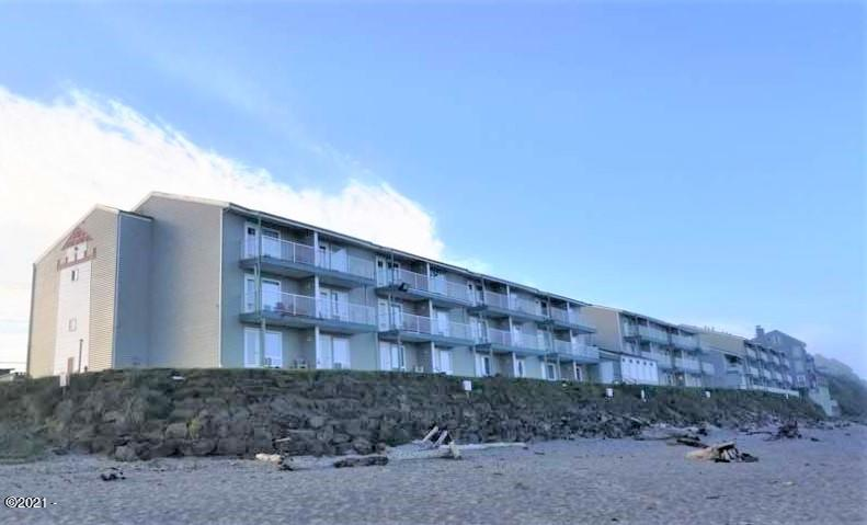 171 SW Highway 101, 116, Lincoln City, OR 97367 - beach view