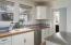 881 SE Fir St, Toledo, OR 97391 - Kitchen