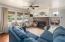 881 SE Fir St, Toledo, OR 97391 - Living Room