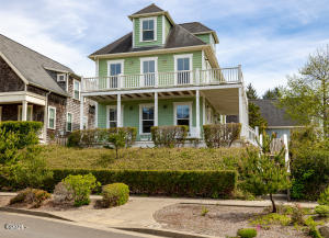 2772 SW Barnacle Ave, Lincoln City, OR 97367 - 8S5A0852
