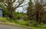 770 SE 7th St, Toledo, OR 97391 - Side yard
