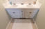 2518 SW Anemone Ave, Lincoln City, OR 97367 - Master Bath