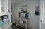 5704 NE Windmill Dr, Newport, OR 97365 - Hallway