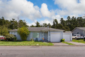 6538 SW Inlet Ave, Lincoln City, OR 97367 - Front of Home