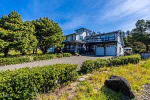 1201 NW BAYSHORE DR, Waldport, OR 97394