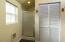 1279 N Nye St, Toledo, OR 97391 - Master Shower