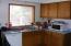 430/434 NE 9th, Newport, OR 97365 - 434 kitchen