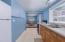 1127 SW Elizabeth St, Newport, OR 97365 - Kitchen