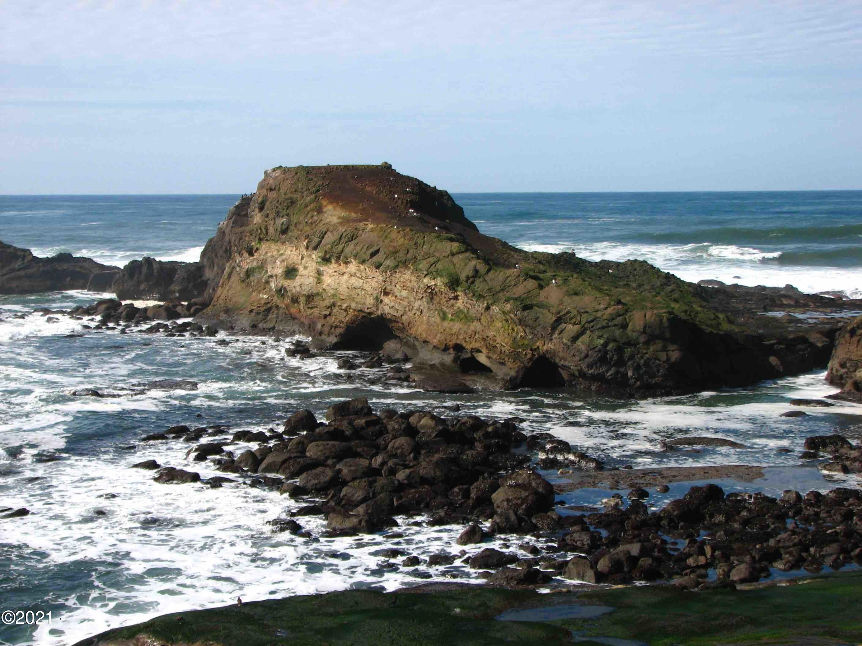939 NW Hwy 101, C516 WEEK G, Depoe Bay, OR 97341 - Ocean Views!