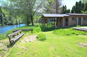 6110 S River Loop, Lincoln City, OR 97367