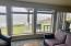 939 NW Hwy 101, C516 WEEK G, Depoe Bay, OR 97341 - Living Room