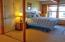 134 SE 1st Pl, Newport, OR 97365 - Lower bedroom