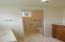 309 W 1st St, Yachats, OR 97498 - Downstairs bath a