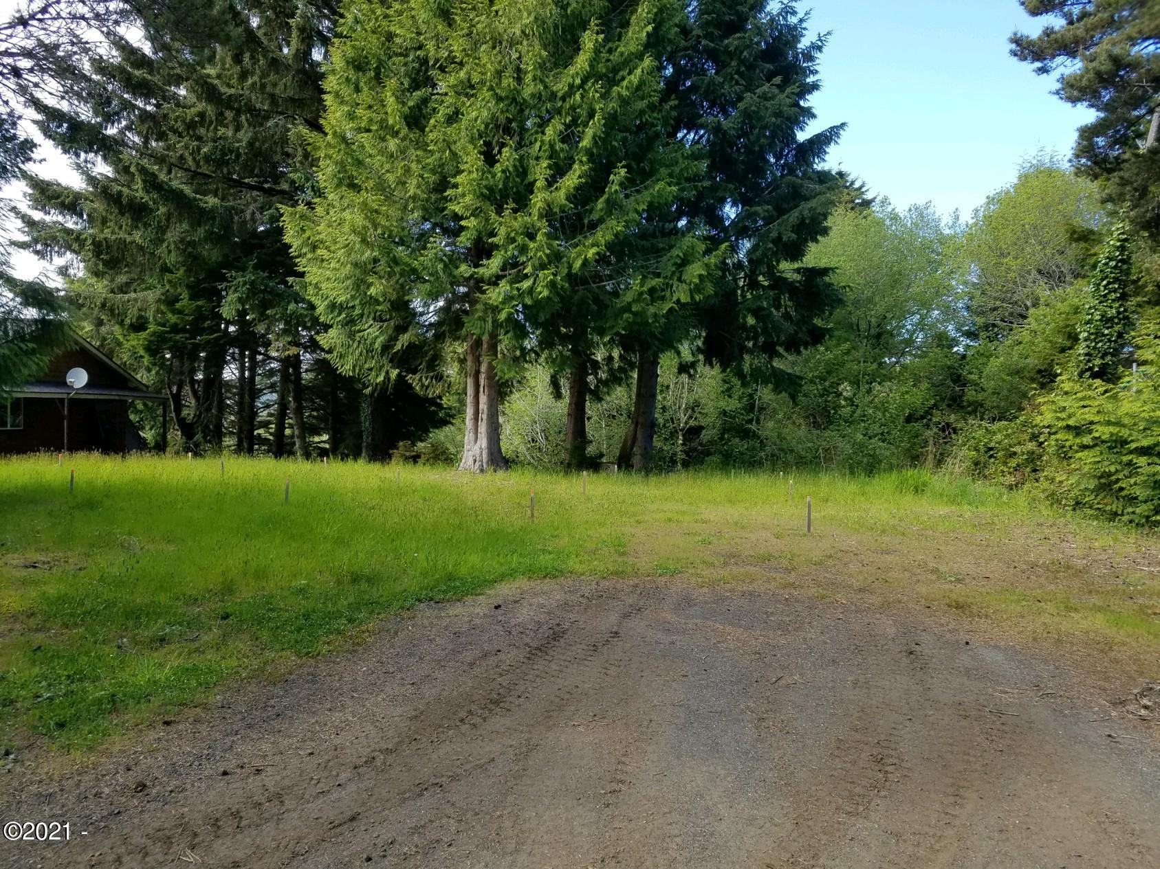 260 View Dr, Waldport, OR 97394 - 20210512_165458